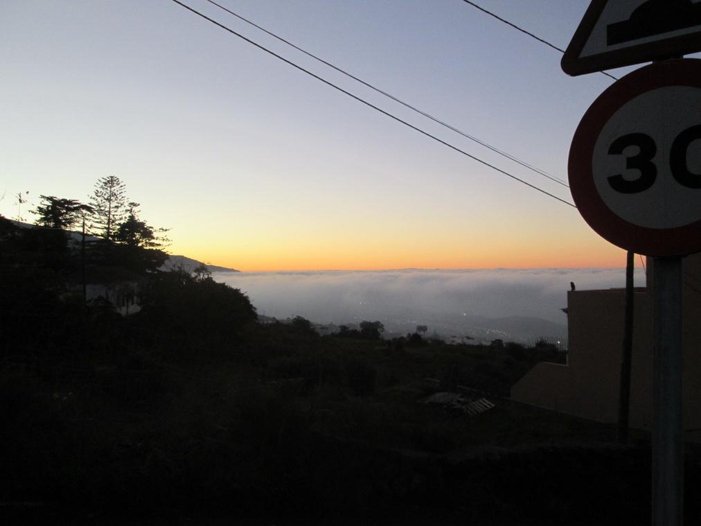 Ла-Оротава под облаками