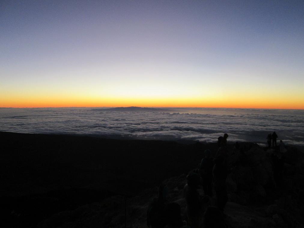 Рассвет с вершины вулкана Тейде