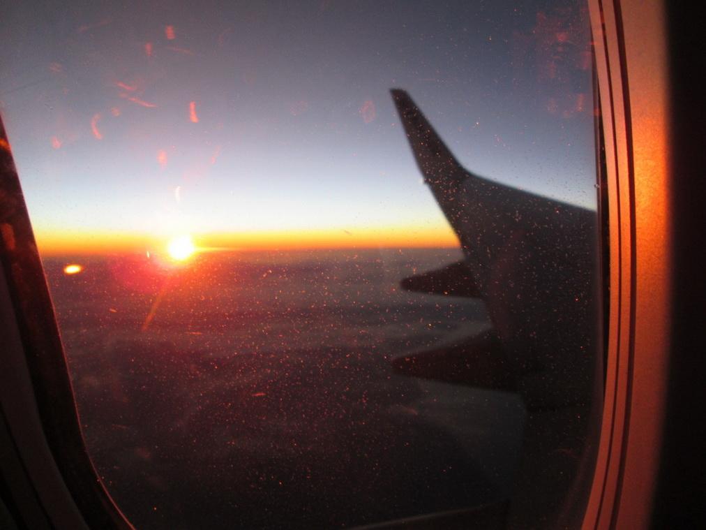 Рассвет в самолёте