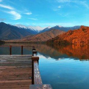 Озеро Кварели осенью