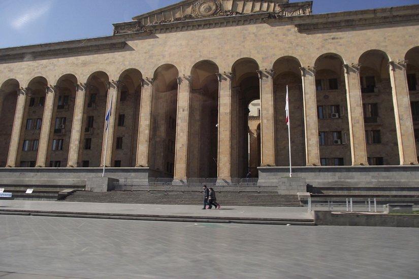 Парламент страны