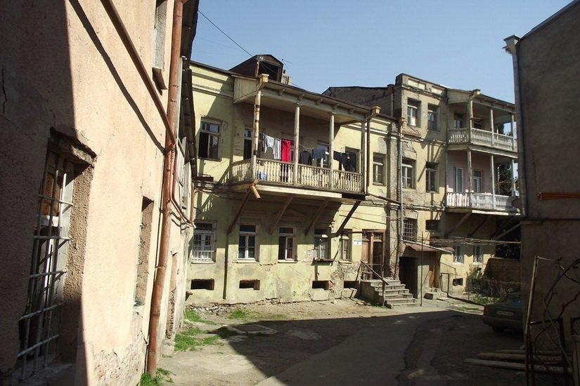 Дворики домов