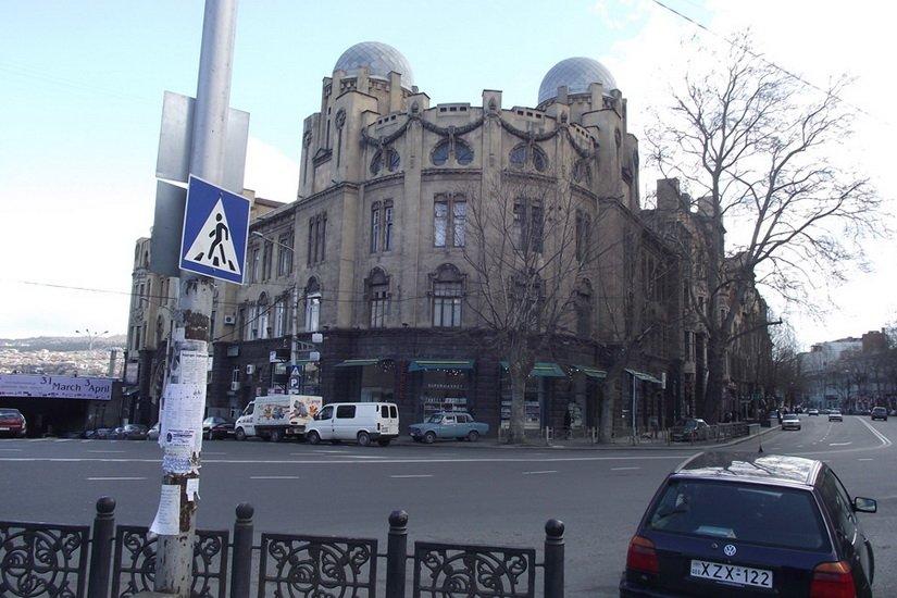 Фотография Тбилиси в марте