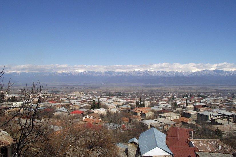 Фото Алазанской долины в марте