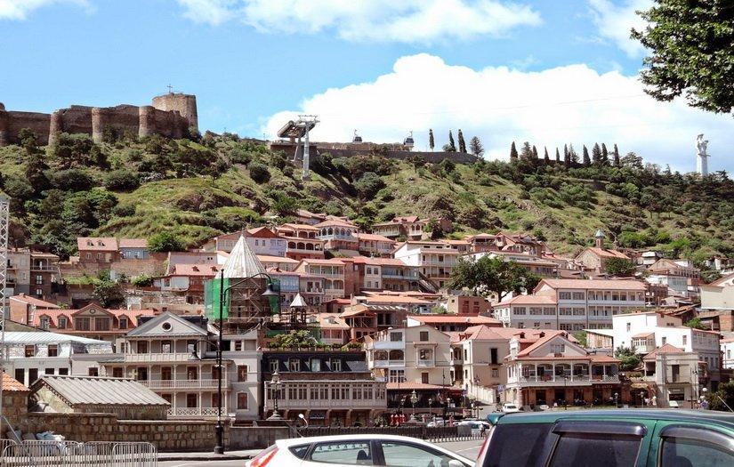 Старый, но прекрасный Тбилиси