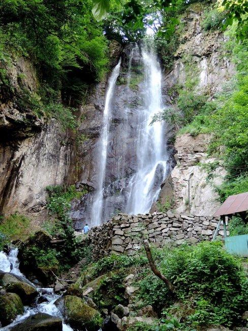 Фото водопада царицы Тамары