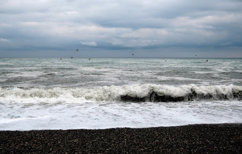 Море штрормит