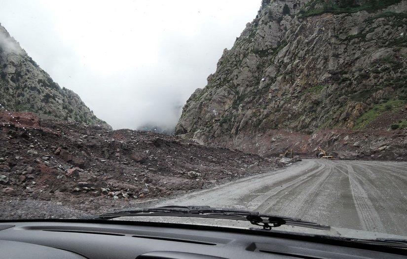 Место схода селя на военно-грузинской дороге