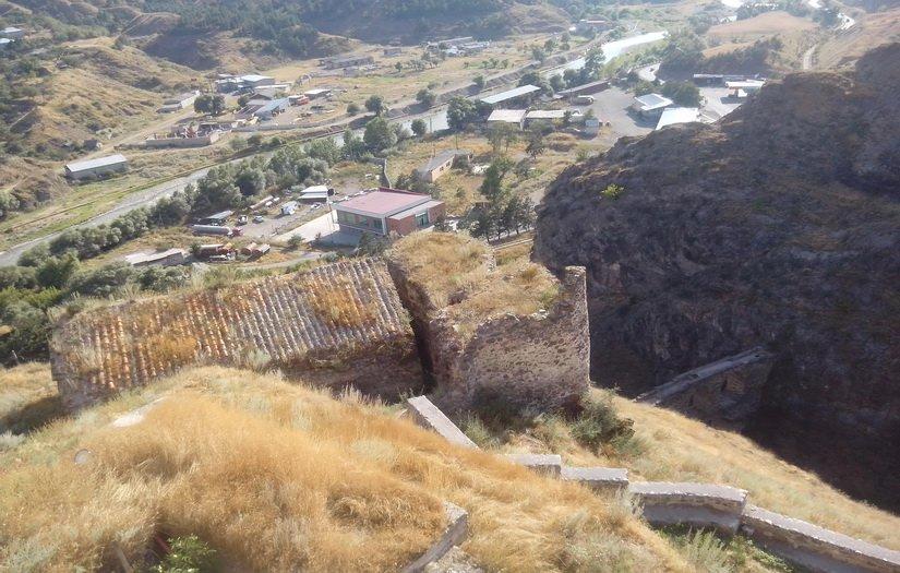 Древняя постройка, которую не тронули реставраторы