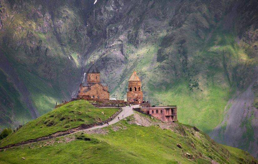 Картинки по запросу троицкая церковь грузия