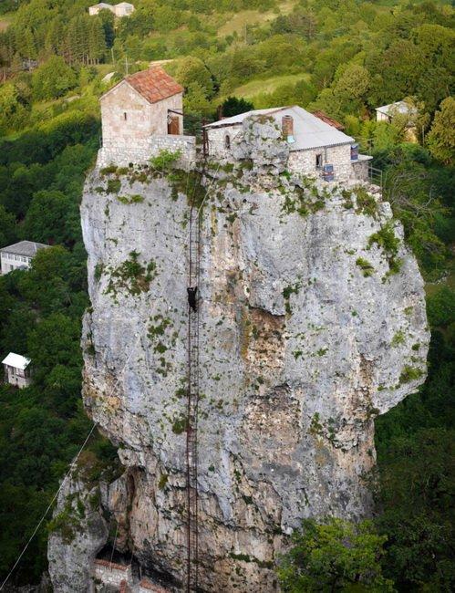 Кацхский Спасо-Вознесенский монастырь