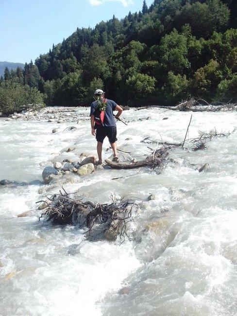 Форсируем горную реку