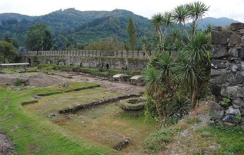 Раскопки на территории крепости