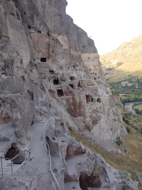 Пещерный город Вардзия в Грузии